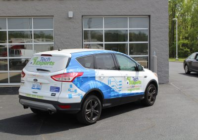 Tech Experts SUV Wrap Graphics